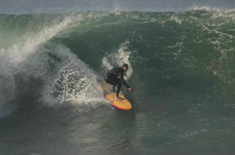 Tyler putting his money where his mouth is - photo by sbsurfpics.com